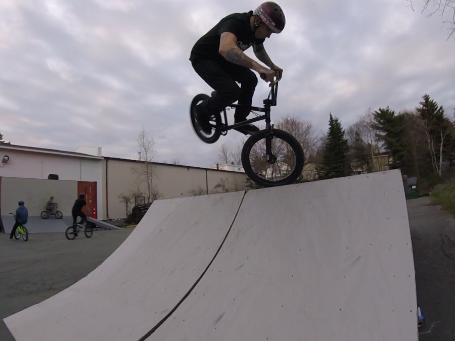 BMX, it's the most fun withfriends.